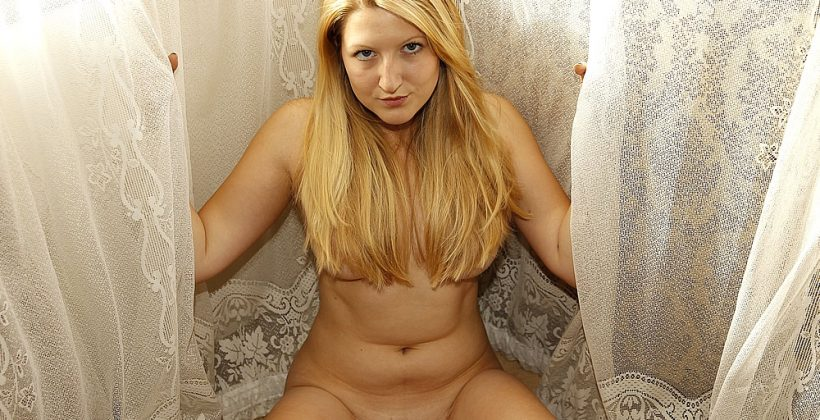 Girls Out West – Prim Poses Nude