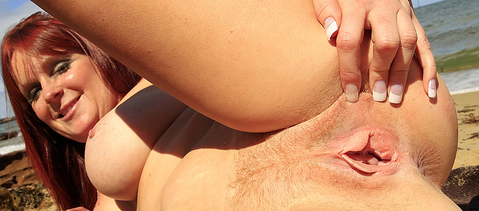 Girls out west dildoed amateur hairy pussy keeps oozing 7