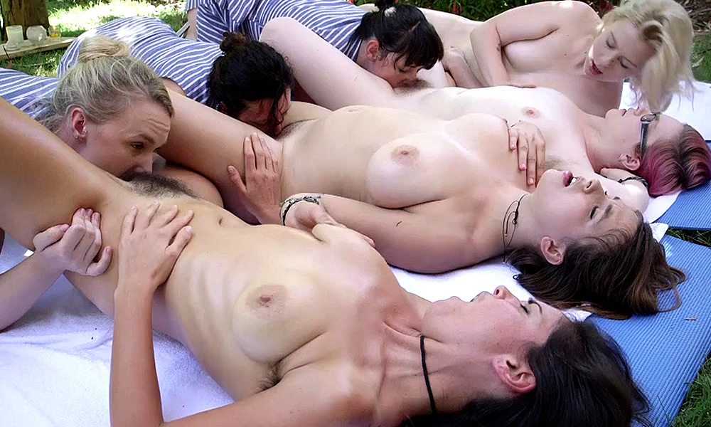 Uk squirting divas at british gangbang parties 9