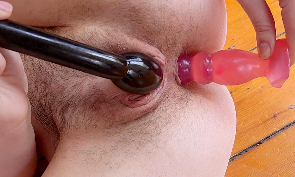 Amature masturbating dildo hairy pussy orgasm